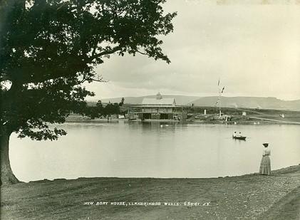 1-lakeboathouse1890